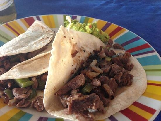 Villa Mar: beef tacos