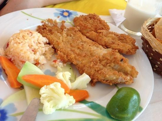 Villa Mar: breaded fish fillet