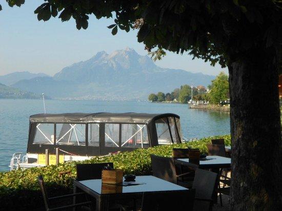 Hotel Schweizerhof: 2 min. walk from the Schweizerhof