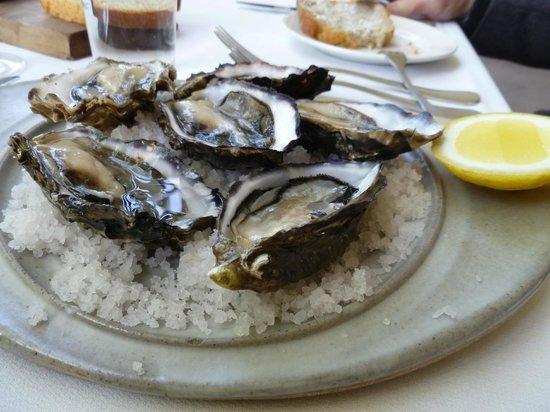 Peppermint Bay: Fresh Tasmanian oysters naturelles
