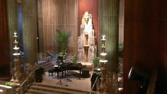 Hilton Cincinnati Netherland Plaza: Art Deco Style