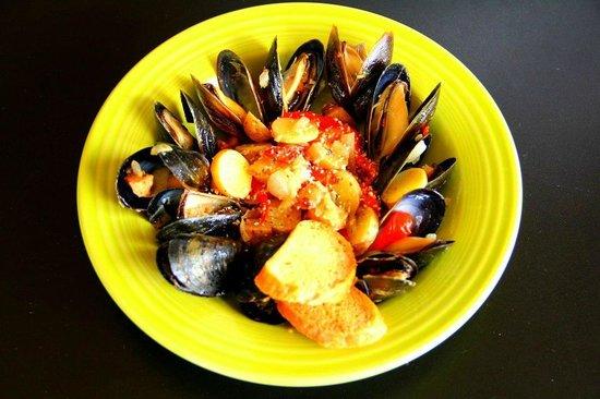 Yummy Cafe: Yummy Mussels