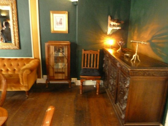 Haunted, 35 Stonegate: Dining Room
