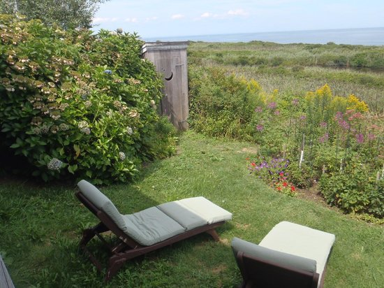 The Sea Breeze: Afternoon napping chairs