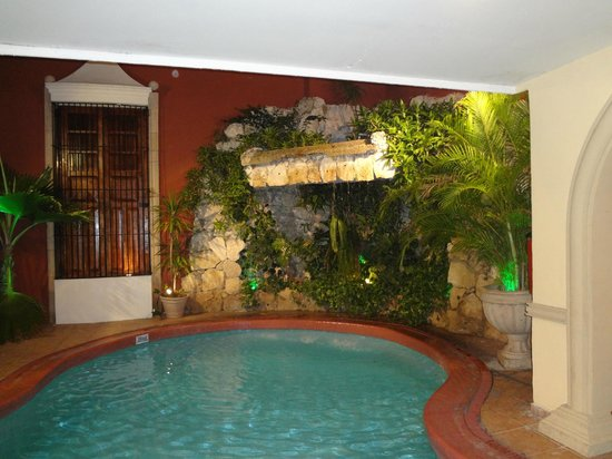 Hotel Colonial: pool