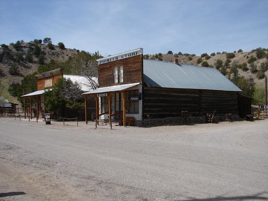 Chloride: View of the Pioneer Store Musuem and craft gift shop