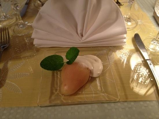 Inn On Charlotte : poached pear with almond sauce yummy