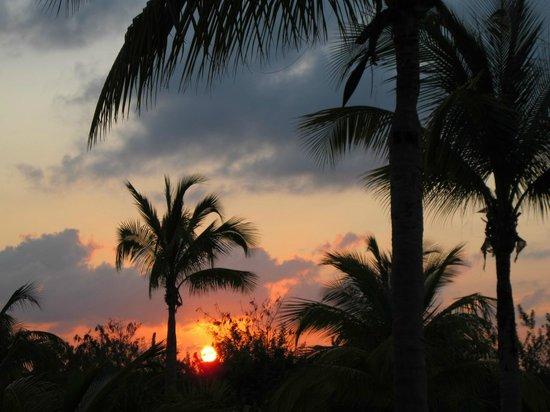 إكسيلنس بلايا مزجيريس (للكبار فقط) أول: Postcard sunset