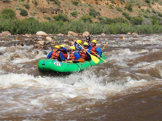 Arizona Rafting by Wilderness Aware: Mescal rapids