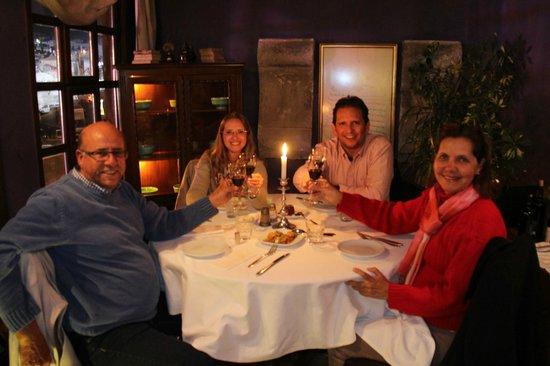 Muti Restaurant: Brindando um bom vinho da Capadócia