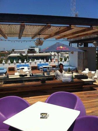 Be Playa Hotel: el Barman siempre dispuesto