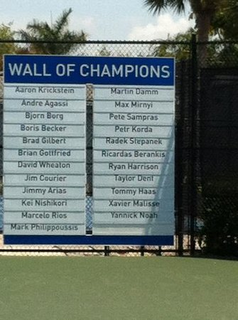 IMG Academy: wall of champions