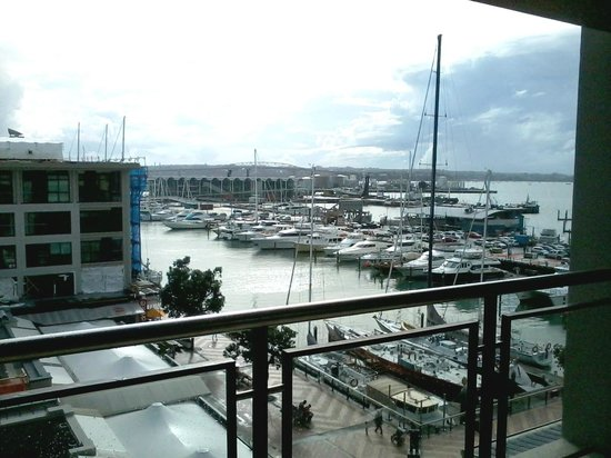 The Sebel Auckland Viaduct Harbour: One Bedroom Marina Deluxe Suite