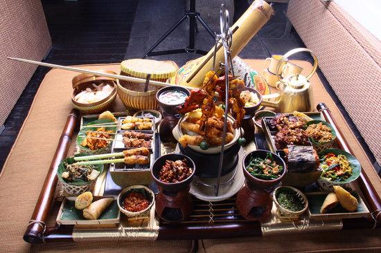 Gabah Restaurant & Bar: Royal Kingdom Dishes