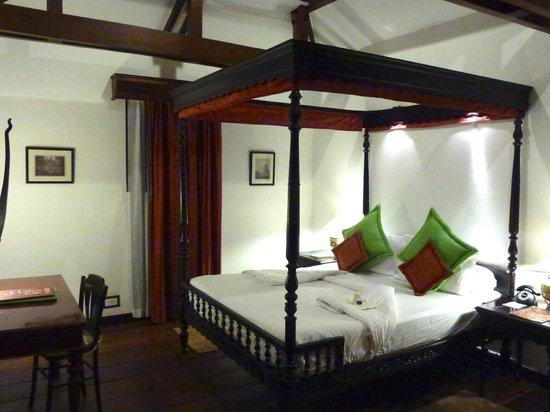 Angkor Village Hotel: Une chambre De Luxe (au premier)