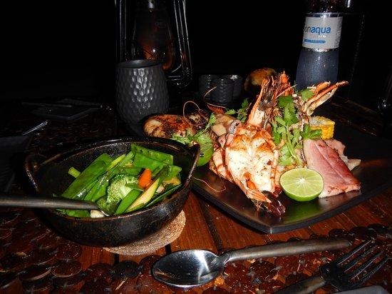 Niyama Private Islands Maldives : Dinner at Tribal