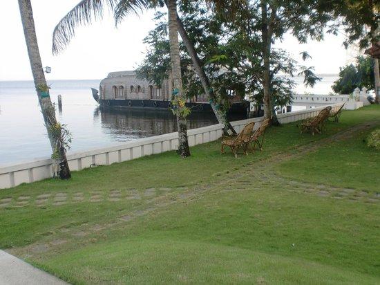 Lemon Tree Vembanad Lake Resort: play area