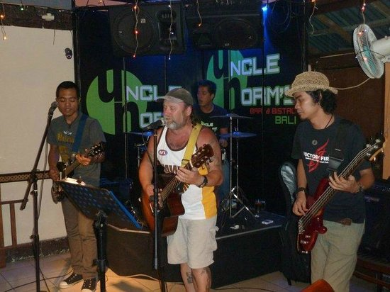 Uncle Norm's Bar & Bistro: Bryce singing with the band