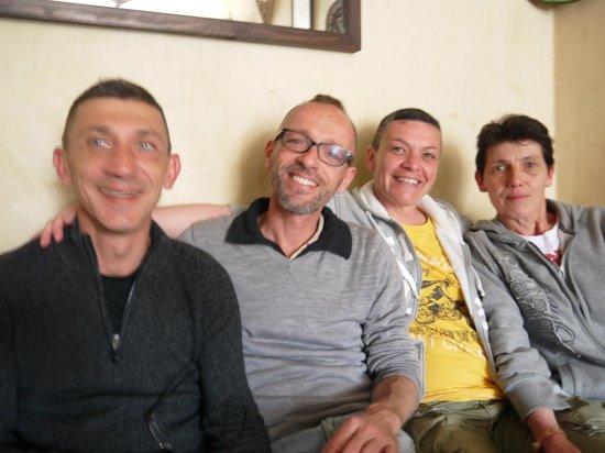 moment entre amis au Gnawa Blues