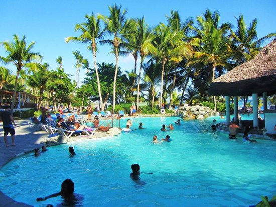 Coral Costa Caribe Resort & Spa: Activity Poo;