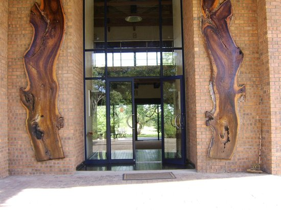 Baobab Ridge: entrance to reception