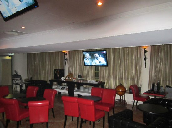 Blue Weiss Hotel: FORUM  -  LOUNGE  -  PIANO BAR