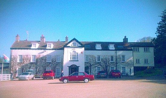 Llwyngwair Manor: hotel