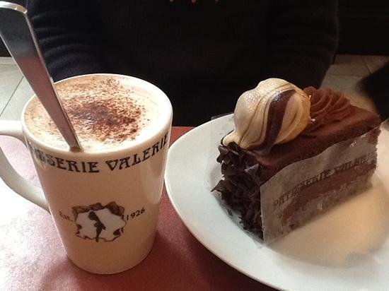 Patisserie Valerie: hot chocolate and cake