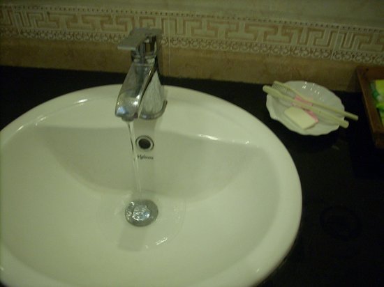 Simple Hostel : !! the hand sink