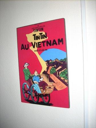 Simple Hostel: Vietnam lacquer:}