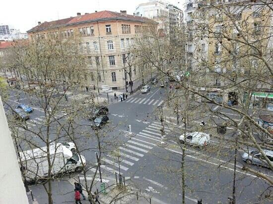 Hotel L'interlude: вид из окна