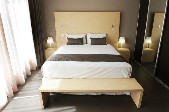 hotel du centre lit queen size - Lit Queen Size