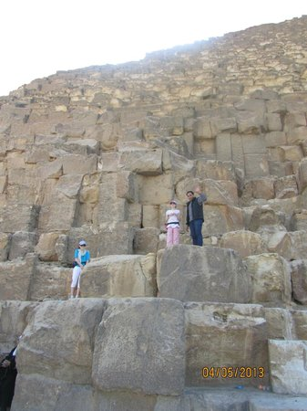 Emo Tours Egypt Day Tours: Hamoud with our girls on the pyramid