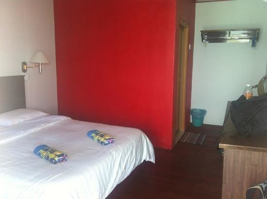Suhaila Palace : værelse med fan