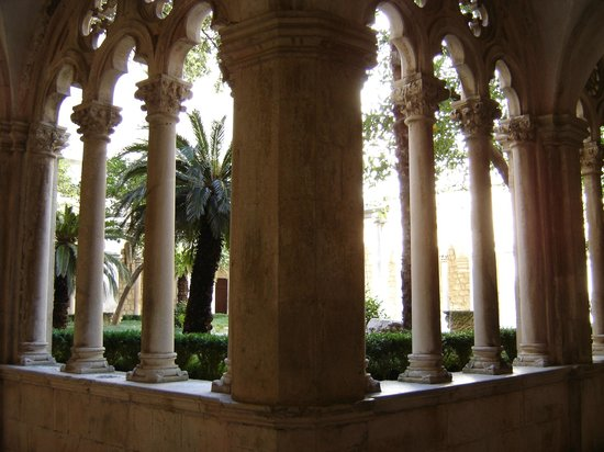Dubrovnik Private Guide- Day Tours: Dominican Monastery