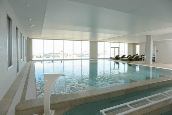 Previthal Thalassotherapy: L'espace marin : bassin multifonctions, sauna, hammam