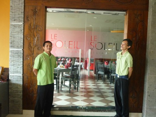 Eclipse Hotel: The only restaurant in hotel