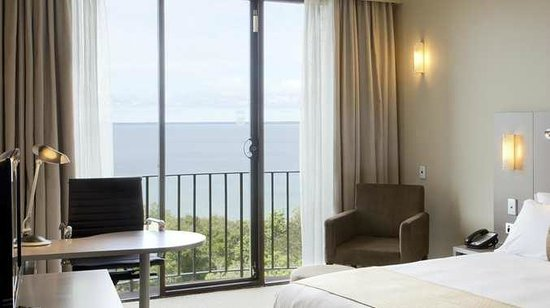 DoubleTree by Hilton Hotel Darwin: King Guest Room with View