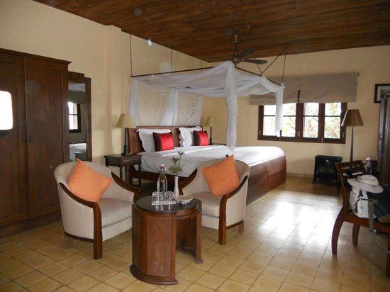 Ana Mandara Villas Dalat Resort & Spa: lit 2.60 m sur 2.00 m