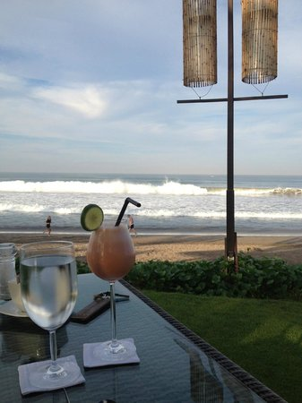 The Samaya Bali Seminyak : Breakfast at Breeze