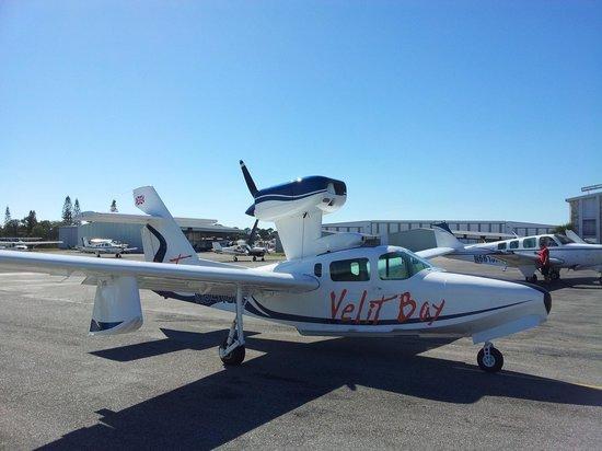 Velit Bays new seaplane