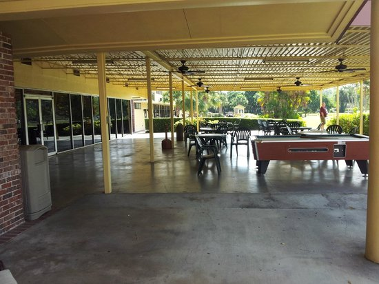 Quality Inn and Suites Golf Resort : Terasse