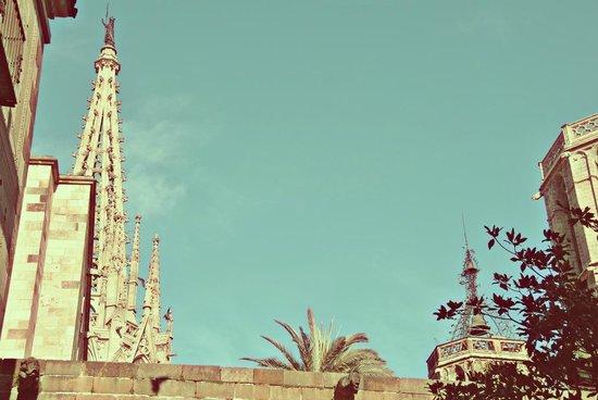 Travel Bound Barcelona Tour