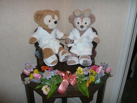Tokyo DisneySea Hotel MiraCosta : ダッフィー専用いすにて
