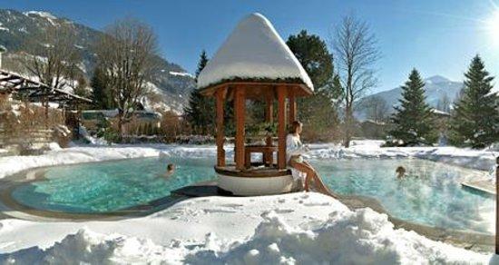 Hotel Bismarck : Stammhaus Aussenpool Winter