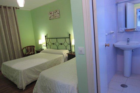 Hotel Azabache Susierra: Habitación cama matrimonio + supletoria