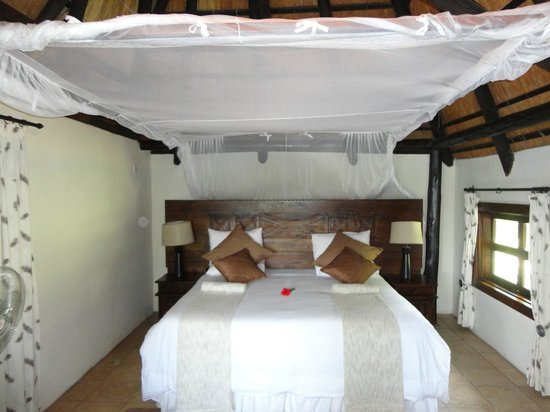 Thorntree River Lodge: bedroom upon arrival