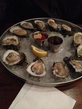 Pearlz Oyster Bar: Oyster on the half, raw.