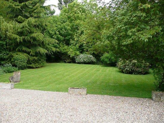 Victoria Spa Lodge: Garden