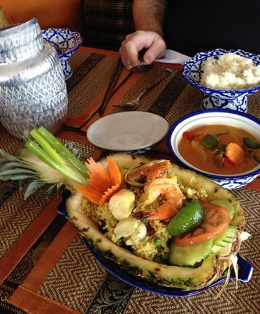 Tak's Thai Kitchen : Love the presentation